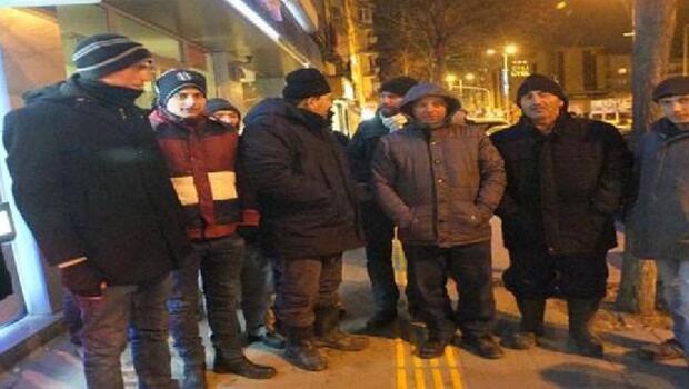 TOKİden ev için 3 gündür banka önünde bekliyorlar