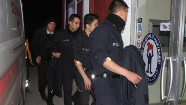 33 polis adayı yemekten zehirlendi