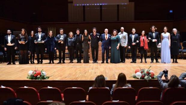 Türkiyenin genç solistleri büyüledi