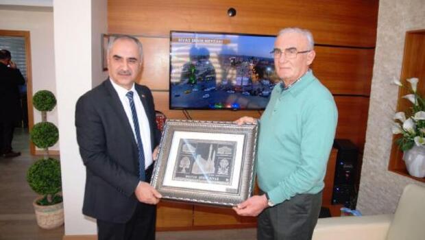 Samsun Büyükşehir Belediye Başkanı Yılmaz : Sivas buram buram tarih kokuyor