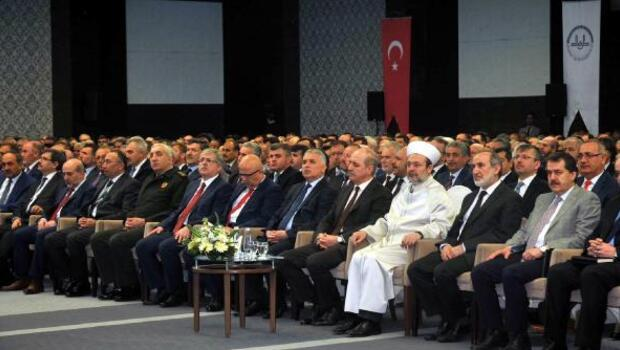 Mehmet Görmez: Saldırılar İslam medeniyetinin o ortak aklına yöneliktir