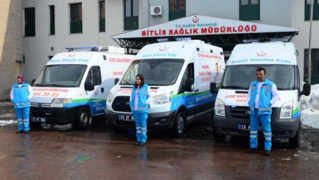 Bitlis Halk Sağlığı Müdürlüğü 'Evde Sağlık Hizmeti' için 3 ambulans aldı