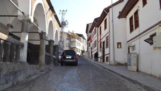 Niksarda tarihi sokaktaki evlere restorasyon