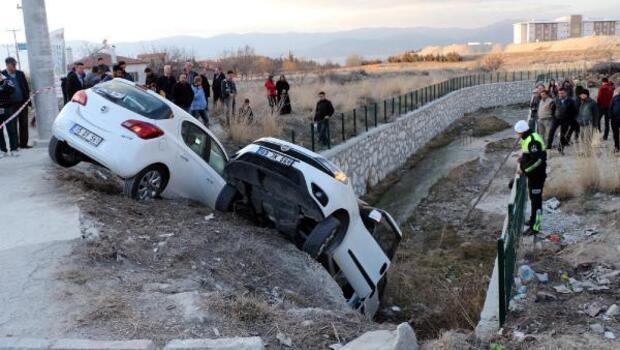 Burdurda kaza: 3ü öğrenci, 6 yaralı