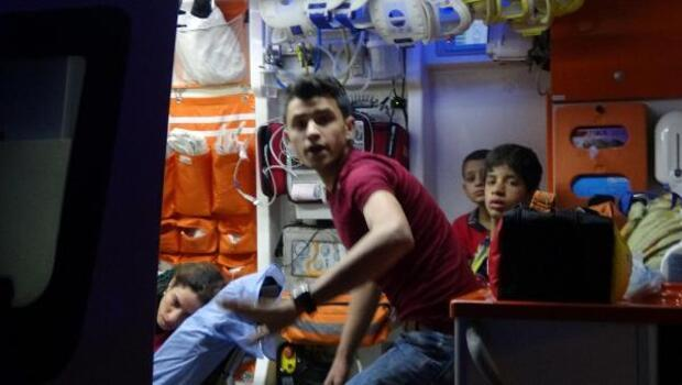 Kerpiç ev çöktü, 6sı çocuk 8 kişi ölümden döndü