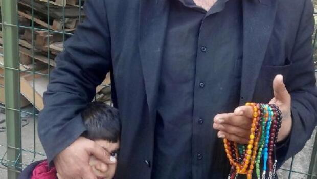 Taksimdeki dilenci yankesicilikten yakalandı