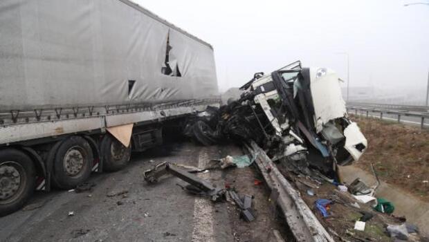 Dilovasında iki ayrı kazada 8 kişi yaralandı