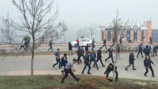 Kocaeli Üniversitesinde öğrenciler birbirine girdi: 47 gözaltı