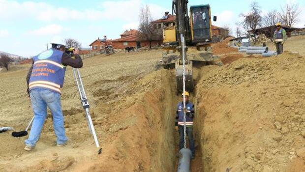 Özdemirci kanalizasyona kavuşuyorlar