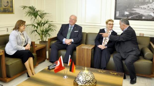 Alman Büyükelçi: Gaziantep Mülteci kabulünde model şehir