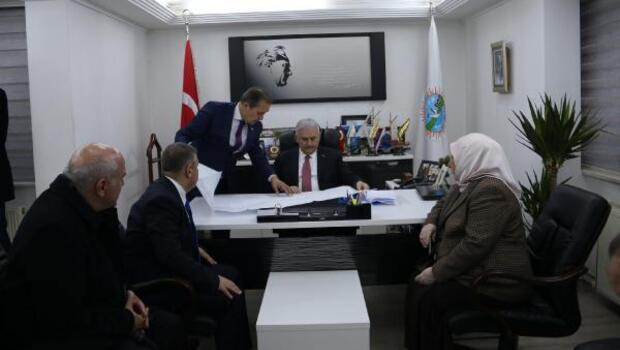 Başbakan Yıldırım: Cumhuriyete el uzatan karşısında bizi görür (3)