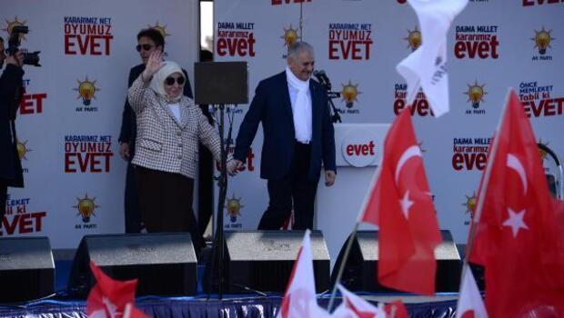 Başbakan Yıldırım: Milletimiz bizi parçalamaya çalışanlara gereken dersi verecek