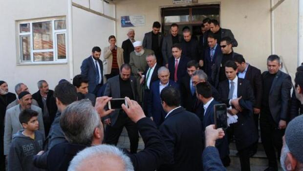 Başbakan Yıldırım: Milletimiz bizi parçalamaya çalışanlara gereken dersi verecek - ek fotoğraflar