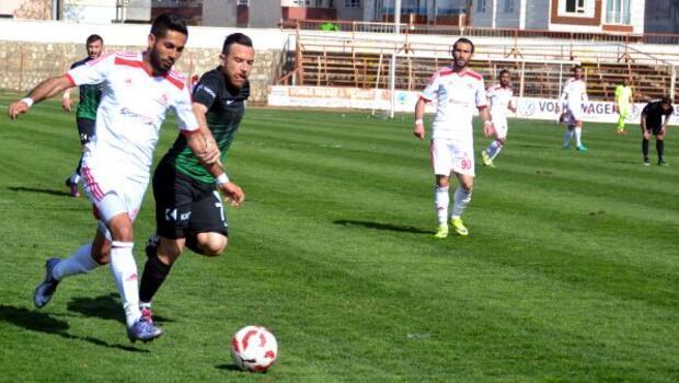 Batman Petrolspor-Manisa Büyükşehir Belediyespor: 2-1