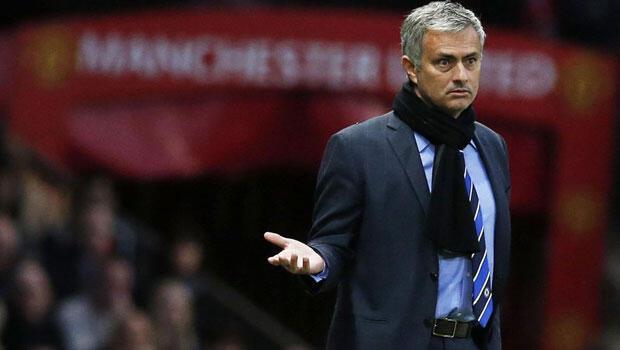 Mourinho Manchester Unitedin başında kalmak istiyor