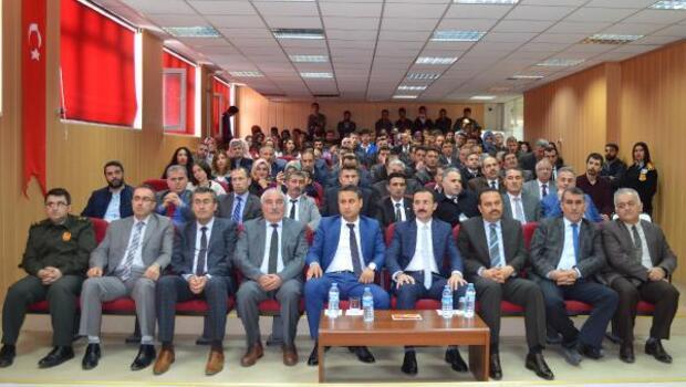 Adilcevaz'da Çanakkale şehitleri konferansı