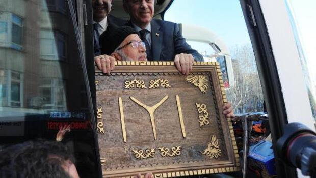Erdoğan: Edep, erkan bilmeyenler meseleyi peygambere kadar götürdü (2)