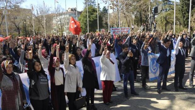 Gaziantepte, ülkücüler 57nci Alay için yürüdü