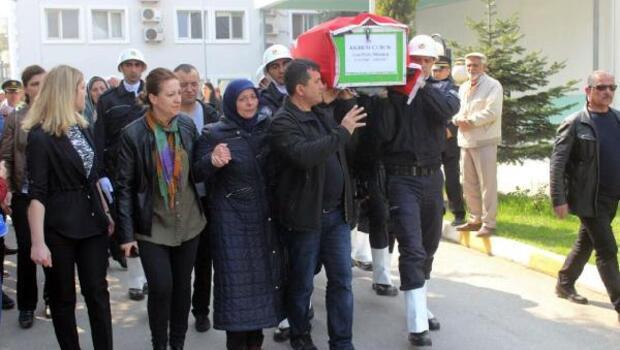 Kalbine yenilen polis son yolculuğuna uğurlandı
