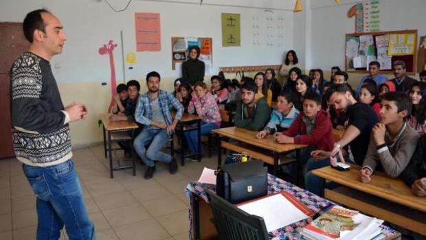 TEGV'den okullarda mesleki tanıtım etkinliği