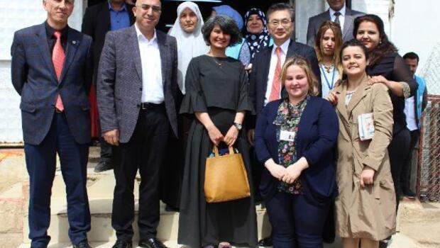 Japonya Büyükelçiden sığınmacılara ziyaret