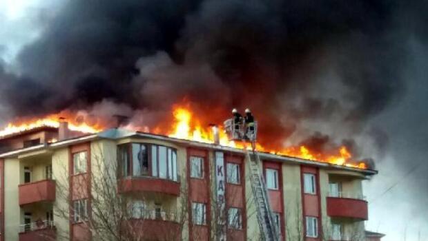 Erzurumda 7 katlı apartmanda yangın paniği