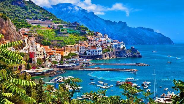 Yamaçların üzerinde bir kasaba: Amalfi 36