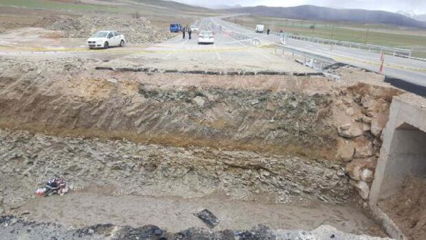 Merkez Haberleri: Gümüşhane ve Bayburtta kar yolları kapattı 68