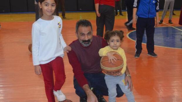 Kahta Haberleri: Kubilay Ortaokulu şampiyon oldu
