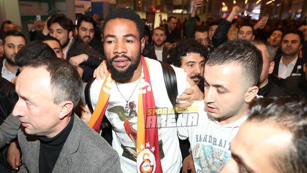 Galatasarayın yeni oyuncusu Luyindama, İstanbula böyle geldi...