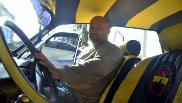 Hurda otomobili sarı- lacivert renklerle yeniledi