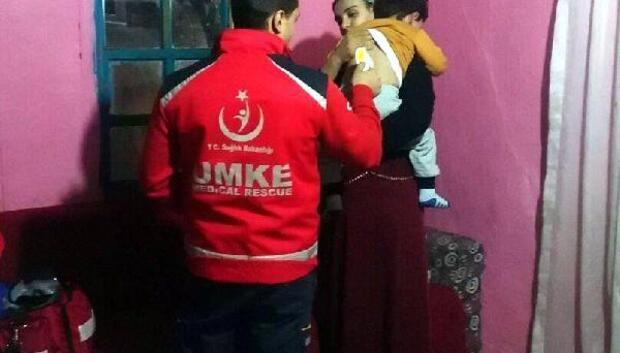 Kalp hastası çocuk paletli araçla hastaneye kaldırıldı