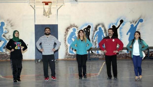 Belediye halk oyunları ekibi 12 Şubattaki yarışmalara iddialı hazırlanıyor