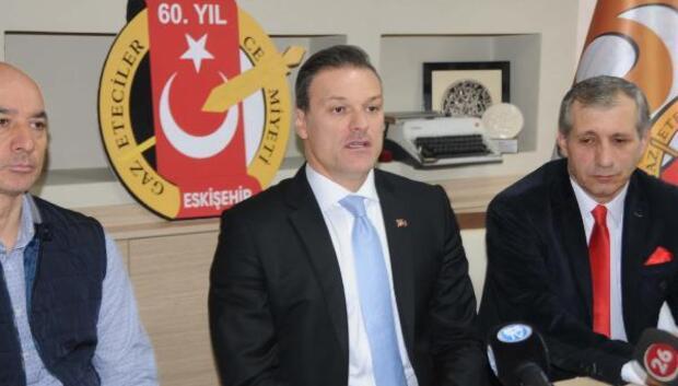 Eskişehirspordan ayrılan Alpay Özalan: Başarısızlık yok