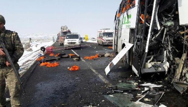 Iğdırda yolcu otobüsleri çarpıştı: 7 ölü (3)