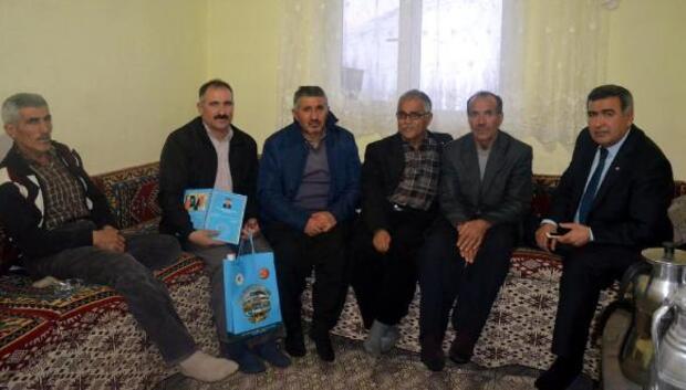Başkan Eroğlu, muhtarları ziyaret ediyor