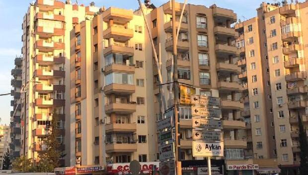 Adanada aydınlatma direkleri yenileniyor