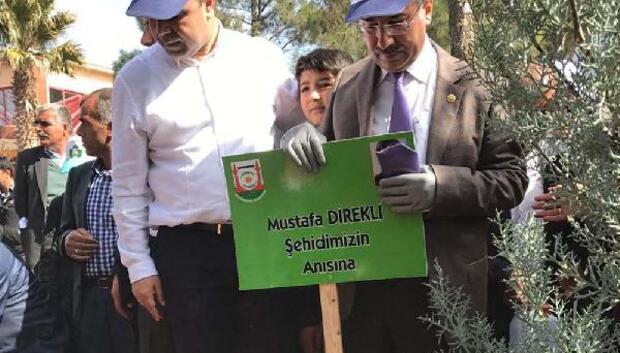 Bozova'da, ağaç dikme kampanyası