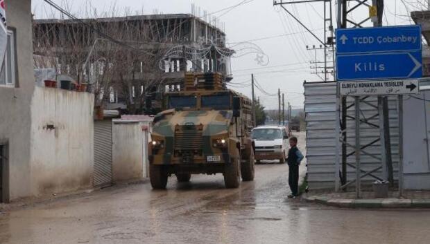 Suriyeye iş makineleri gönderildi