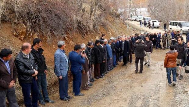 Durankayalılar, Vali Toprakı Türk bayraklarıyla karşıladı