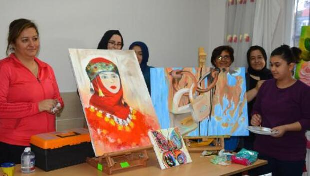 Kadınlardan resim kursuna ilgi