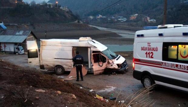 Tuncelide kaza: 2 yaralı