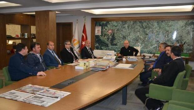 Ege Bölgesi Kütahyalılar Federasyonundan Başkan Saraoğlunu ziyaret
