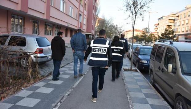 7 ilde öğretmenlere FETÖ operasyonu: 22 gözaltı