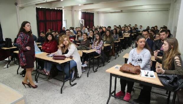 Edirne Belediyesi'nden üniversitelilere madde bağımlılığı eğitimi