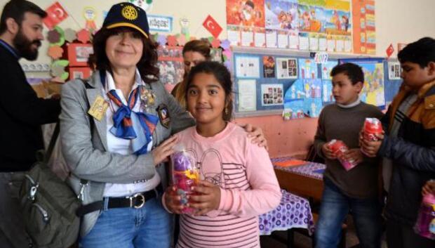 Rotary'den öğrencilere temiz su için destek