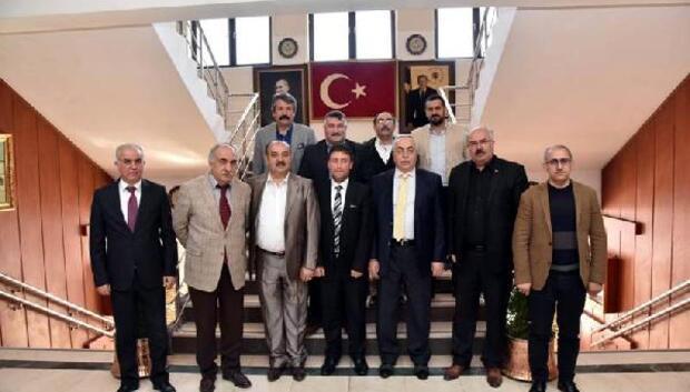 Sivaslılardan Vali Cevdet Cana ziyaret