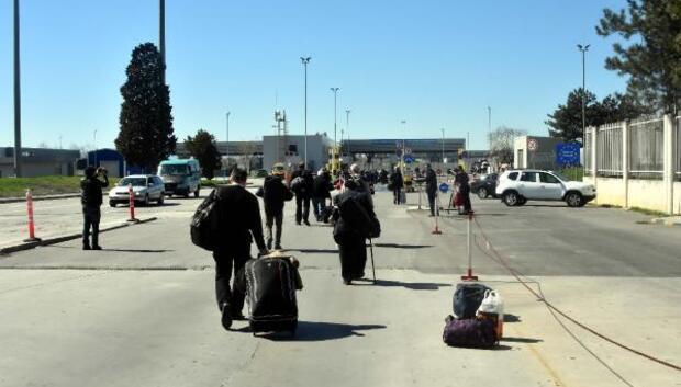 Bulgaristandaki seçime giden soydaşlara protestocu engeli (3)
