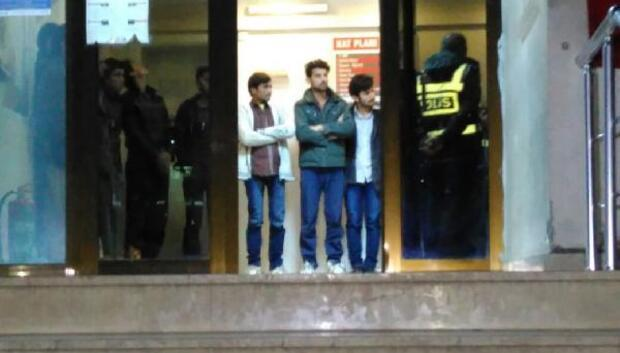 63 yabancı, sahte tanıtım kartlarıyla yakalandı - Fotoğraflar