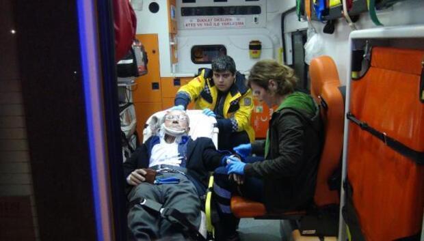 Otomobilin çarptığı adam yaralandı